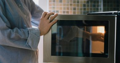 Advantages of using a microwave oven